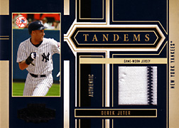 2004 Playoff Honors #T20 Derek Jeter Jersey