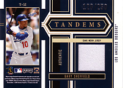 2004 Playoff Honors #T32 Gary Sheffield Jersey